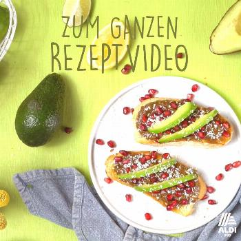 Avocado on bread 3 times different-Avocado auf Brot 3 mal anders  Holy Guacamoly! We show you three