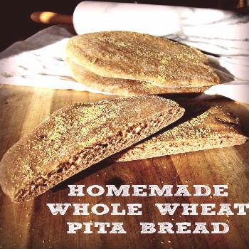 Homemade Whole Wheat Pita Bread - So easy to make and you can freeze it too